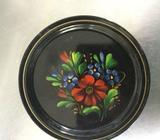 Metal floral plate