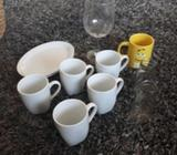 Kitchen cups and plates