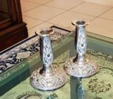 A Set of Metal-chrome candle holder in excellent condition