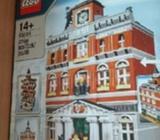 10224 Lego townhall