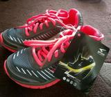 Brand New In Box Girls Sfida Sports Shoes Size 11 / US 12